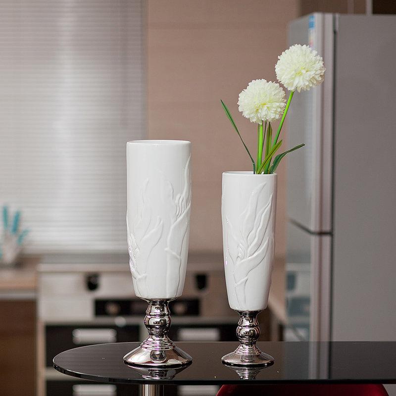 工艺摆件欧式时尚现代简约客厅家居装饰品花瓶花插 浮雕白色陶瓷对瓶